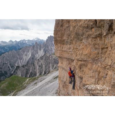 Image 1 de Erika à Arc'teryx - Women's AR 385a - Harnais d'escalade