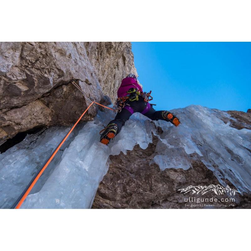 Image 2 de Erika à Arc'teryx - Women's AR 385a - Harnais d'escalade
