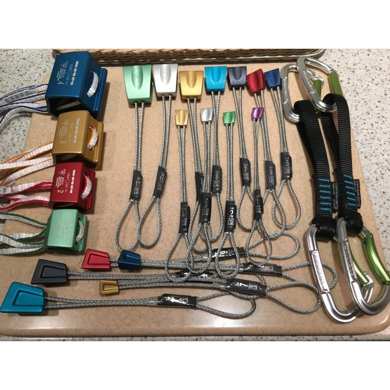 Image 1 de James à DMM - Starters Nut Set - Pack de coinceurs