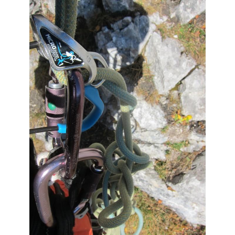 Image 1 de Stefan à Edelrid - Flycatcher 6,9 mm + MicroJul - Corde jumelée