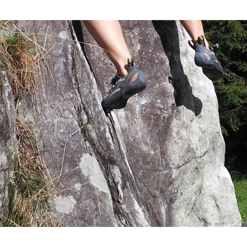 Image 1 de Nina à La Sportiva - Miura VS Woman - Chaussons d'escalade