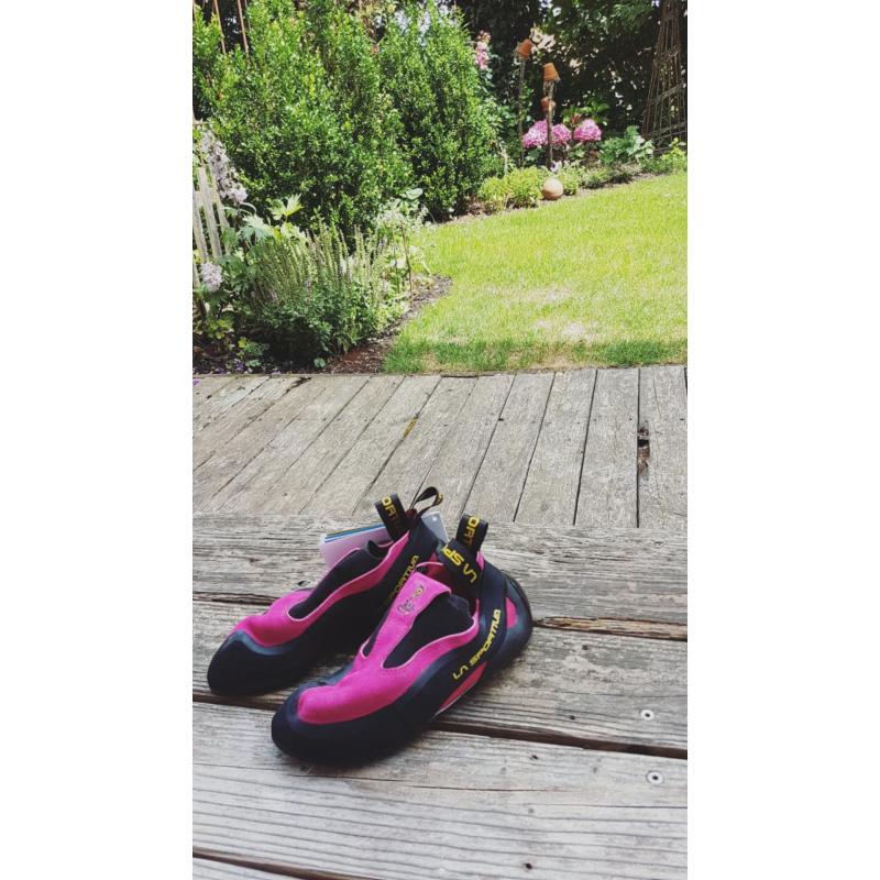 Image 1 de lea wallner à La Sportiva - Women's Cobra - Chaussons d'escalade