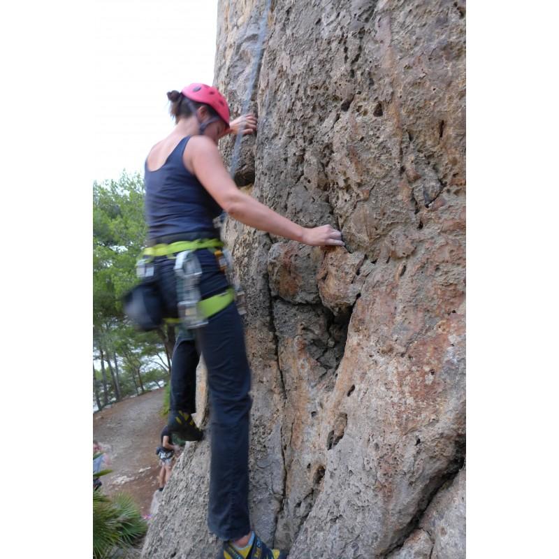 Image 1 de veronika à Petzl - Elia - Casque d'escalade