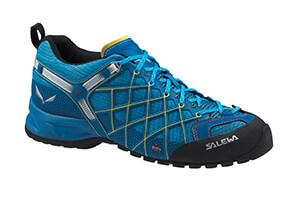 Chaussure avec une semelle vibram